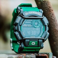 Zegarek Casio G-Shock Navy Gear, Sporty Watch, Casio G-shock, Vostok Watch, G Shock Watches, Shades Of Green, Man Stuff, Wristwatches, Clock