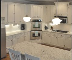 Double oven kitchen design corner wall oven cabinet dimensions open cabinets for microwave double kitchen with Double Oven Kitchen, Kitchen Oven, Kitchen Corner, New Kitchen, Kitchen Decor, Double Ovens, Island Kitchen, Built In Cupboards, Built In Ovens