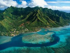 Moorea Island. I've been here! So beautiful (: