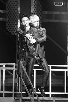 fybaekhyun:   150816 The EXO'luxion in Hong Kong Day 1 © Listen to Chen| do not edit.