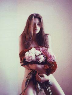 Naked like the flowers