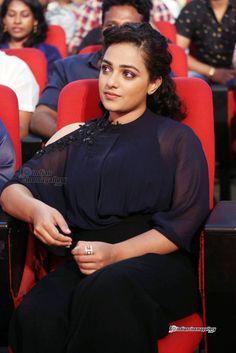 Indian Actress Pics, South Indian Actress Hot, Bollywood Actress Hot Photos, Actress Photos, Indian Actresses, Beautiful Girl Indian, Beautiful Indian Actress, Beautiful Actresses, Hottest Pic