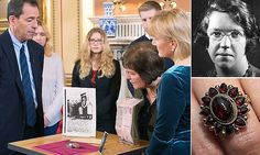 Antiques Roadshow expert cannot value priceless Auschwitz ring