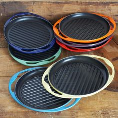 """Le Creuset Skinny Grill--Oh my goodness, I want this in blue, really bad!!...........................................................well,nevermind, I just went on the website, and it's $79.95.  I'll just keep this on my """"it ain't happening"""" bucket list :("""