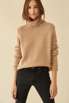 SWEATER LACE BEIGE // ba&sh Winter Sweater Outfits, Jumper Outfit, Fall Winter Outfits, Lace Sweater, Beige Sweater, Beige Jumpers, Pull Beige, Beige Outfit, Beige