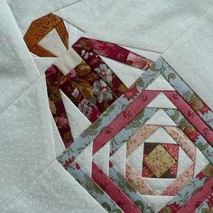 Dit is het blok dat ik voor Margrith gemaakt heb. Zij heeft gekozen voor een patroon van Wendy Vorsters. Show en tell quilt. Wat een ...