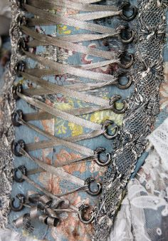 Detail - Bodice and skirt, material made in France, 1730-40 | Flickr - Photo Sharing!