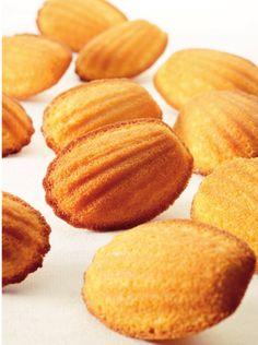 """Het lekkerste recept voor """"Madeleintjes"""" vind je bij njam! Ontdek nu meer dan duizenden smakelijke njam!-recepten voor alledaags kookplezier!"""