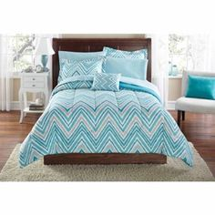 Blue and white and grey chevron TWIN XL bedding!! Blue and white and grey chevron style bedding. Perfect for college dorm. Size is Twin XL. Comes with comforter, set of sheets, pillow shams and tiny pillow (as pictured). Great shape. Only used for short time! Like new. Other