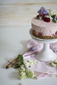 no-bake strawberry cheesecake- Erdbeer Törtchen ohne backen -frauzuckerstein.de