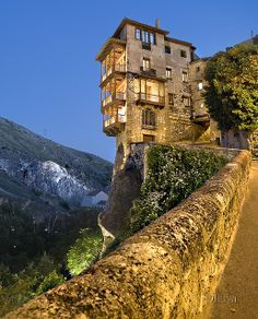 Spain Travel Inspiration - Casas colgadas / Hanging houses (Cuenca) Spain