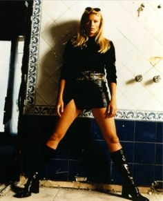 Picture of La Femme Nikita Peta Wilson, Spy Shows, The Girlfriends, Dressed To Kill, Photos, Pictures, Style Icons, Actors & Actresses, Nice Dresses