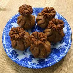不思議な和菓子。 #清浄歓喜団 #seijyokankidan #亀屋清永 #kameyakiyonaga #wagashi #snack #nara