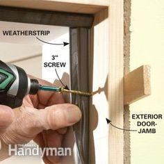 How to make your Home Remodeling Projects Woodworking Tools For Beginners, Wood Working For Beginners, Woodworking Tips, Porte Diy, Home Fix, Diy Home Repair, Diy Door, Door Redo, Door Makeover