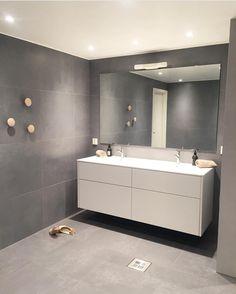 56 Sample Bathroom Vanities And Sinks Ideas - Decorative Inspiration Chic Bathrooms, Modern Bathroom, Small Bathroom, Master Bathroom, Bathroom Vanities, Bathroom Splashback, Laundry In Bathroom, Bathroom Furniture, Bathroom Inspiration