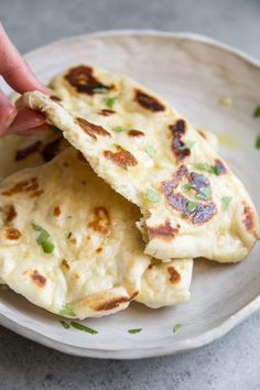 Step by step instructions for How to Make Naan recipe from RecipeGirl.com #garlic #naan #bread #recipe #recipegirl Pita Wrap, Naan Recipe Without Yeast, How To Make Naan, Tandoor Oven, Best Pancake Recipe, Pancake Recipes, Garlic Naan, Garlic Sauce, Garlic Bread