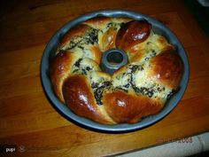 cozonac Romanian Desserts, Romanian Recipes, Romanian Food, Sweet Bread, Other Recipes, Bagel, French Toast, Deserts, Favorite Recipes