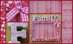 """Fotolijstje """"family"""" leuk voor een familieportret. Het fotolijstje is bekleed met roze/rood PIP behang, de letter """"Family"""" hebben een lichtroze/witte kleur. De letter zijn bespoten met glitterspray."""
