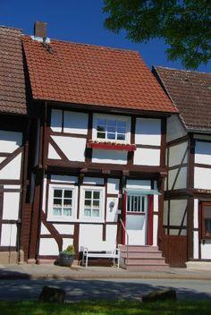 Urlaub in einem Fachwerkhaus aus dem Jahr 1730, romantisch gelegen in der Münchhausenstadt Bodenwerder an der Weser!