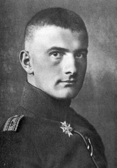 """Lothar von Richthofen, the younger brother of """"The Red Baron"""" Manfred von Richthofen drawn from an article by Don Hollway"""
