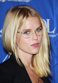 Beautiful eyes - nice glasses - fit her look Glasses Wallpaper, Wearing Glasses, Famous Girls, Girls With Glasses, Womens Glasses, Hot Blondes, Celebs, Celebrities, Beautiful Actresses