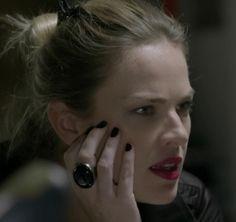 Estilo de Érika em 'Império', personagem de Letícia Birkheuer, pela figurinista Helena Gastal #beauty #makeup #lipstick
