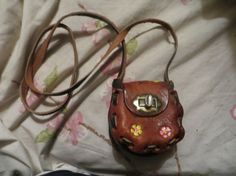 Vintage hand tooled brown leather by Linsvintageboutique on Etsy