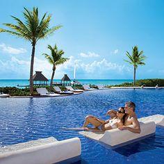 Top 47 sexist hotels for honeymoon :]