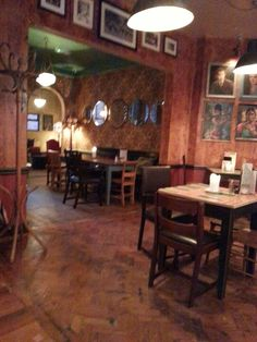 Bacco in Rugby, Warwickshire Relaxed, friendly, café-bar that welcomes children. Has a vegan menu and is open 7 days a week. Vegan Menu, Cafe Bar, Vegan Friendly, Places To Eat, Rugby, Tapas, Lounge, Children, Shop