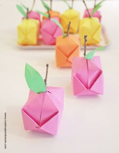 Origami Plums, Oranges and  Lemons make the perfect little decorations in almost no time!