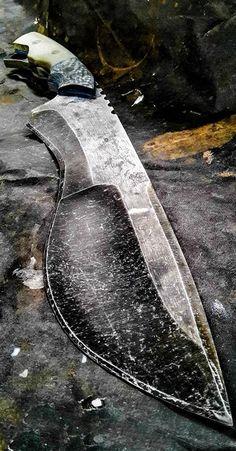 Half Life Knives Custom Fixed Blade @aegisgears #knife #knifeaddict