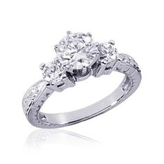 1 CT Antique Three Stone Engagement Ring Round Cut SI2 - I'm one of those people who are obsessed with engagement rings