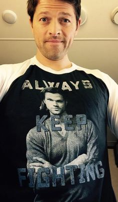 Misha Collins @mishacollins ~ it's really hard to take a selfie that features the shirt you're wearing. Last day 2 support! https://represent.com/jared