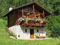 By Solange Maria Soccol Cabin House Plans, Log Cabin Homes, Village House Design, Village Houses, Cabins And Cottages, Stone Houses, Stone Cottages, Cottage Design, Wooden House