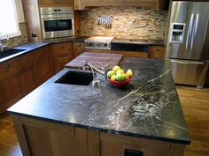 Great Interview with a Soapstone Countertop Homeowner, discussing many aspects of her kitchen.