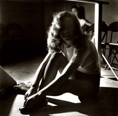 Marilyn Monroe (1947) as young upcoming starlet practicing in dance class (J.R. Eyerman, ph)