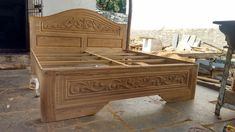 Wood Bed Design, Cots, Wood Carving Art, Cot Bedding, Wood Beds, Gold Necklaces, Storage Chest, Modern, Wedding
