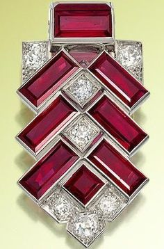 An Art Deco rhodolit beauty bling jewelry fashion