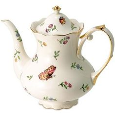 A must have for any teapot collection