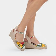 Get Ready for Spring - Check this and other wholesale products on brandsibuy.com Wholesale Products, Comfortable Sandals, Fashion Women, Espadrilles, Wedges, Spring, Check, Shopping, Women Sandals