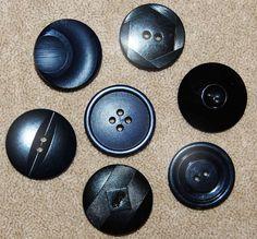 Vintage Lot of 7  Art Deco Black Extra Fancy 28mm Buttons P1L