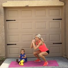 """""""Full Body HIIT workout!  double tap & tag your partner  perform 12 reps each exercise for a total of 4 sets!"""""""