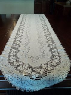 RunnerTable Runner Lace Table Runner Vintage by SuzyQsVintageShop, $8.75