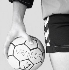 We are handball player ✊ ✊ ✊ volleybal, basketbal, collageen, handbal, poli Handball Players, International Football, Just A Game, Instagram And Snapchat, Olympic Games, Soccer Ball, Aesthetic Pictures, Volleyball, Fitness