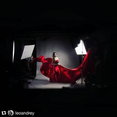 iso1200magazine#Repost @leoandrey ・・・ #bts #photoshoot #ads #broncolor #scoro #pulso #throwback
