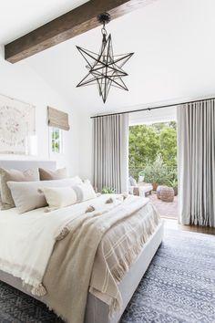 Small Master Bedroom, Cozy Bedroom, Modern Bedroom, Bedroom Decor, Bedroom Ideas, White Bedroom, Bedroom Drapes, Bedroom Romantic, Bedroom Girls