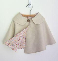 Capa de ropa de niñas por OneMe en Etsy                                                                                                                                                                                 Más