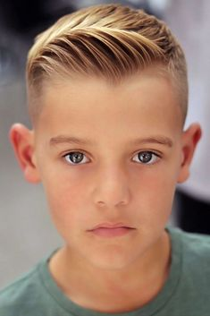 Short Quiff Blonde boyhaircuts ❤ Choosing your boy haircuts is a tough job, since kids these days are all about fashion. With us you will learn everything about the recent boy hair trends! Kid Boy Haircuts, Popular Boys Haircuts, Cute Hairstyles For Boys, Boys Haircut Styles, Haircuts For Curly Hair, Haircuts For Men, Haircuts For Little Boys, Easy Hairstyles, Anime Hairstyles