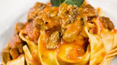 Sugo di Cinghiale (Sanglier en sauce) | Zeste Japanese Food, Japanese Recipes, Side Dishes, Bacon, Dinner Recipes, Pork, Meals, Cooking, Breakfast