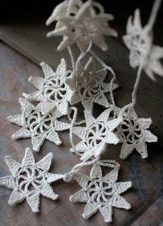Crochet snowflake garland by miriam